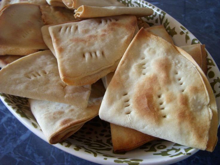 Authentic Deliciosas Dobladitas para acompañar el desayuno del hogar., ,