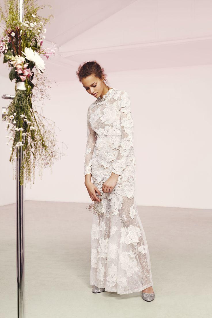 ASOS Bridal är äntligen tillgänglig för alla dina bröllopsstil önskemål. Dessa Guipure ...