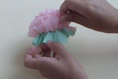 Делаем сами цветы из салфеток своими руками - Познавательно - Интересные факты и полезные советы