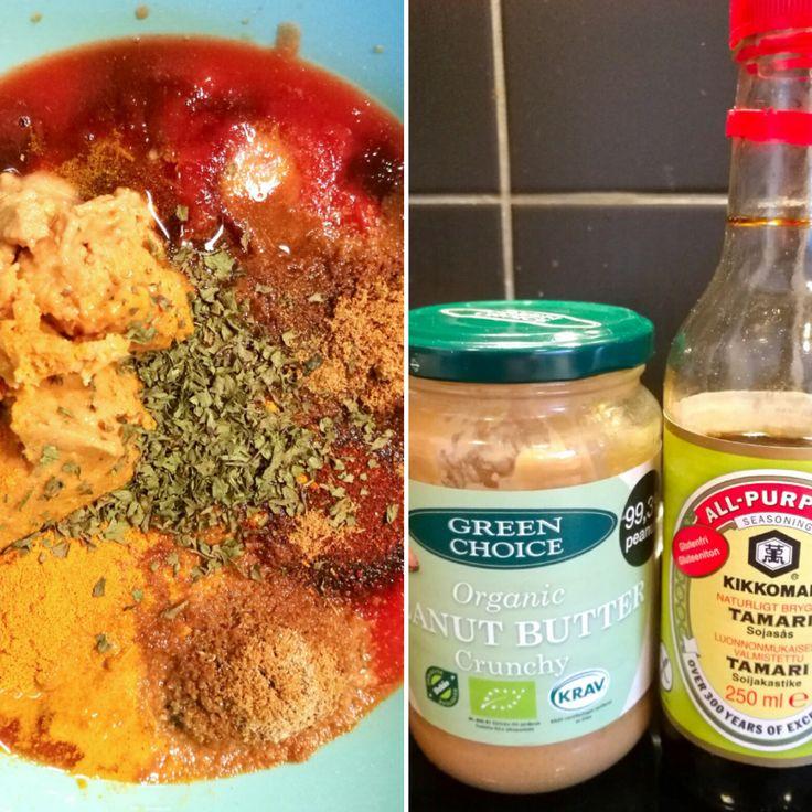 Så mycket smaker!!! Älskar kryddor och hur man på ett enkelt sätt kan skapa olika smaker med små burkar av kärlek. Denna rätt har rätt många olika kryddor, och självklart kan man lägga till o…