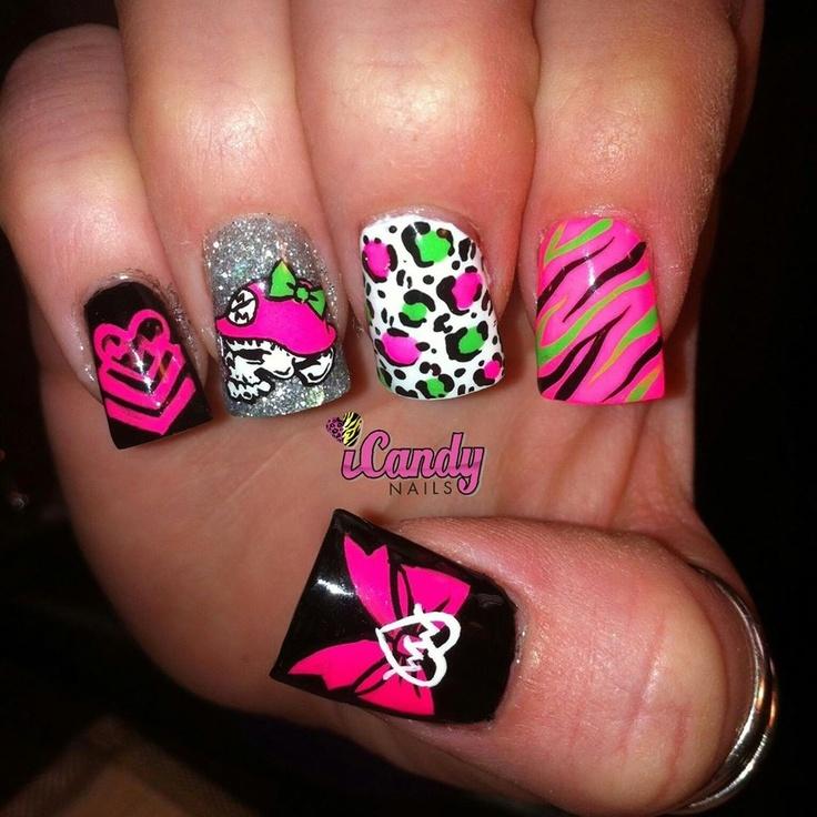 Metal mulisha nails... want!!!!!!!!!!!!!!! @Ashley Walters Fossen  I lovvvveeeee these!!!!!