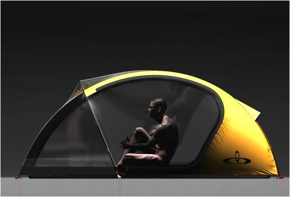 Finished in thermo polyurethane that offers great isolation and stability between -20° C and 60°C, the Outlife features a flexible design to adjust in different locations as well as conditions. While the collapsible dual layer construction controls opacity and avoid condensation without hindering the visibility.