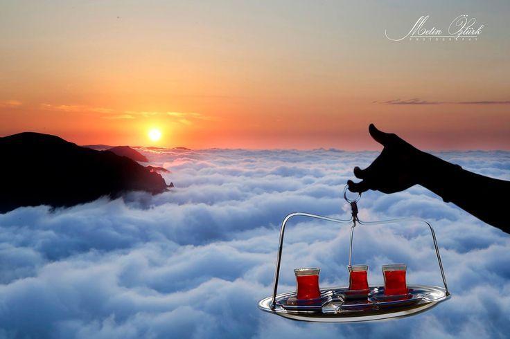 Maçka Selboğazın'da çay... (fotoğrafı çeken Metin Öztürk)   #türkiye #karadeniz #trabzon
