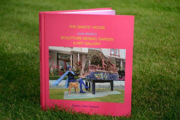 The Giants' House Sculpture Mosaic Garden & Art Gallery