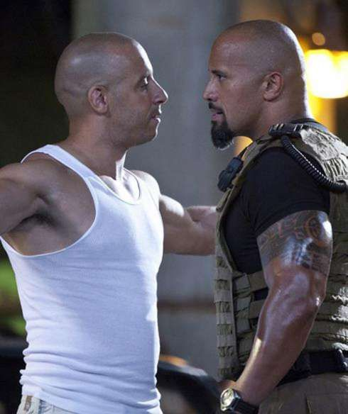 fast and furious | Fast and Furious 5 : Vin Diesel tient la barbicette de Dwayne Johnson