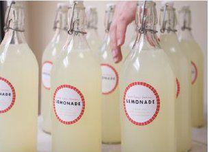 www.decocrush.fr | Idées mariage : Bye-Bye les dragées ! Vive l'originalité ! #limonade #wedding #favors