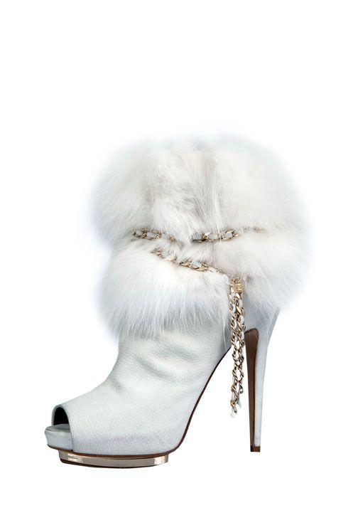 Queen of Ice and Snow / Fairytale / karen cox. Le Silla high heel fur boots