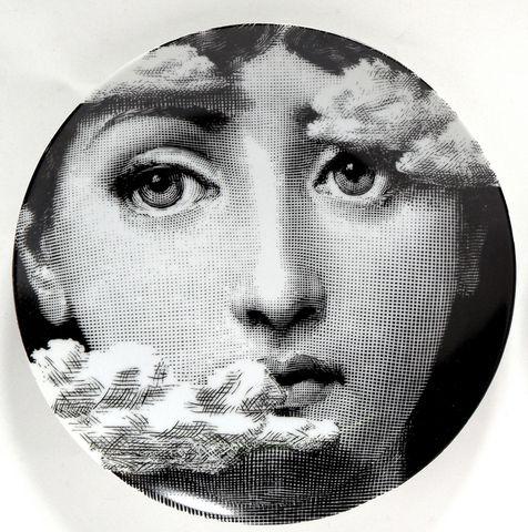 Предмет культа: Тарелки Tema e Variazioni | Мебель для дома в журнале AD | AD Magazine
