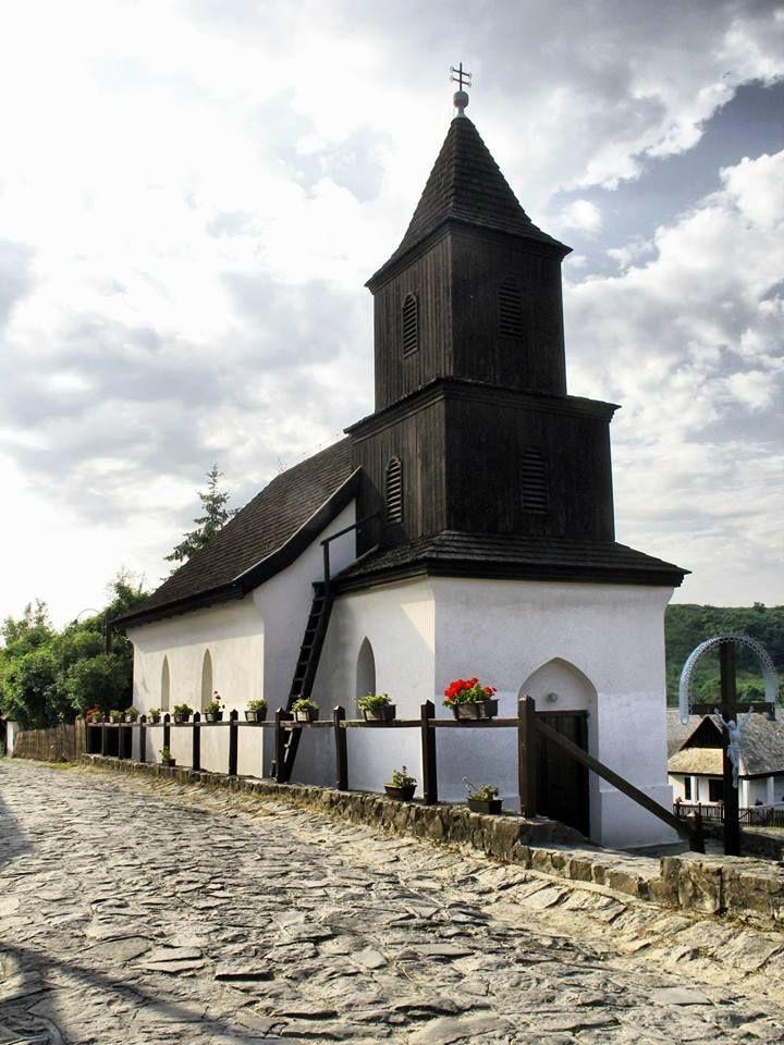 Várak Kastélyok Magyarországon - Palócok fellegvára  - Hollókő vára - fotó: František Tóth