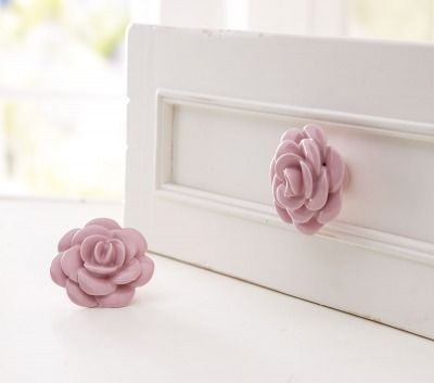 Reminder that you are going to replace all knobs on the dresser with flowers (just not these)