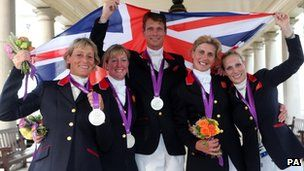 GB's equestrian team with their silver medals! AWESOME!!!