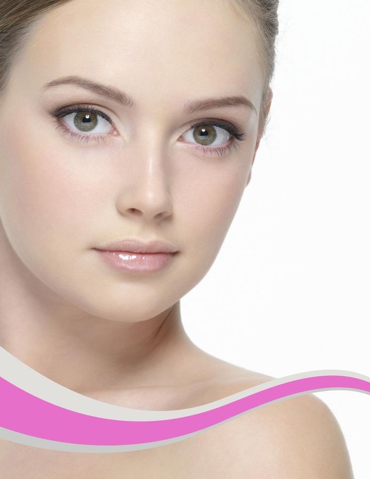 El resurfacing es el mejor tratamiento contra el envejecimiento. Con este tratamiento también podemos trabajar marcas de acné, poros dilatados, engrosamiento de la capa córnea, exceso de secreción sebácea y cualquier otro signo de envejecimiento facial.