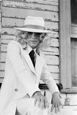 French actress Mireille Darc with her Panama Hat