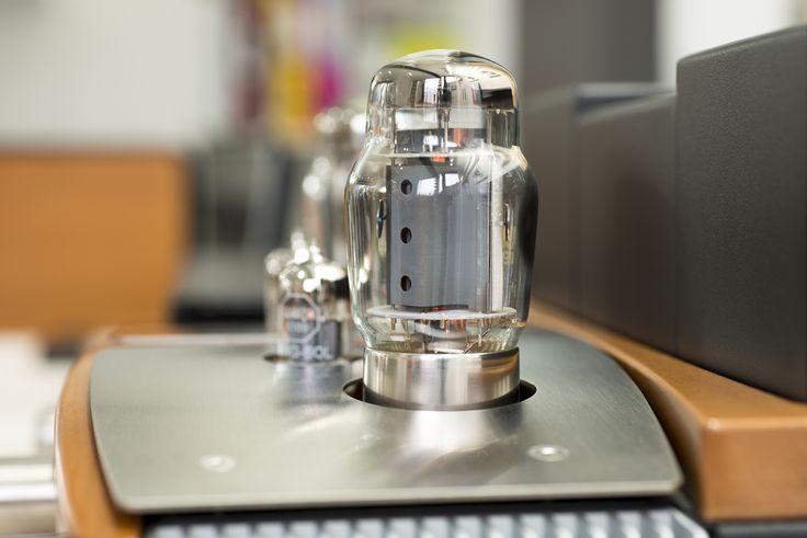 Unison Research Preludio Valve Amplifier www.audio-philia.co.uk #Unisonresearch #Unison #Research #Preludio #Valve #Integrated #Amplifier #hifi