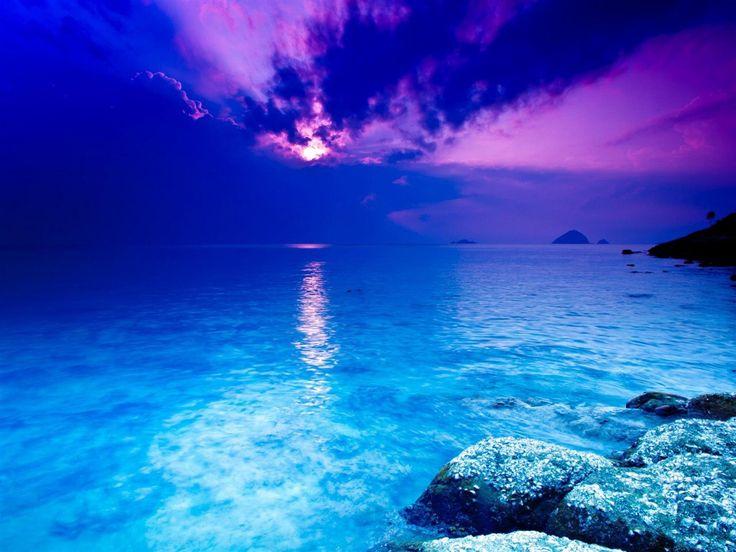 Image issue du site Web http://www.10wallpaper.com/wallpaper/1280x960/1204/crystal_blue-world_beautiful_scenery_wallpaper_1280x960.jpg