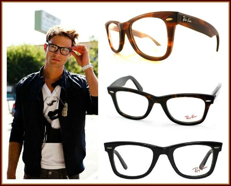 ;) Guapo él, guapas las gafas...
