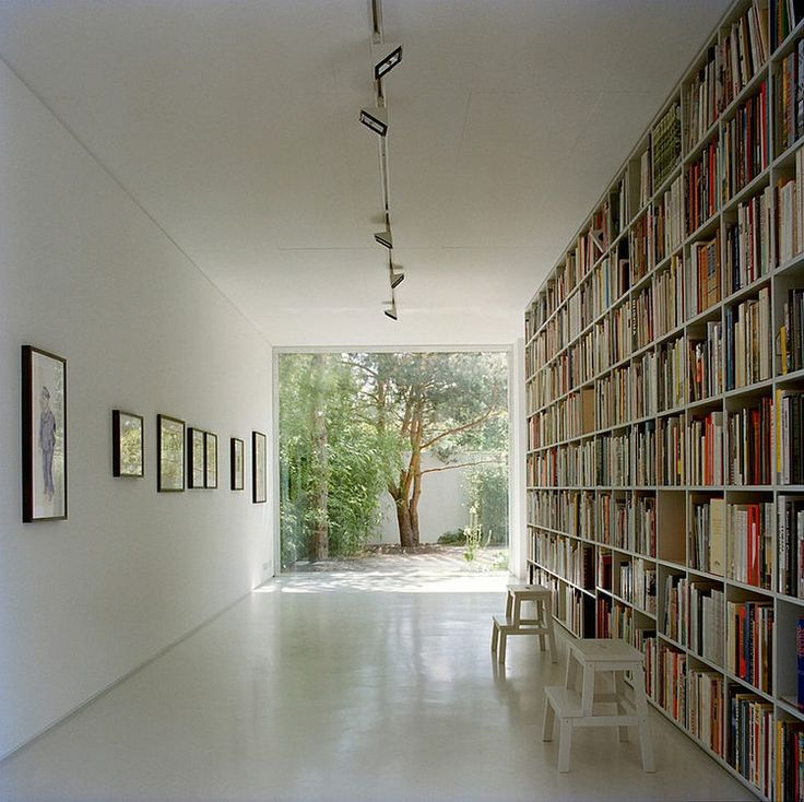 Well I could be in heaven here.  Would love a library like this...