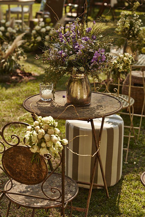 Decoração casamento no campo jardim estilo boho ( Decoração: Renata Paraiso   Foto: Yuri Sardenberg )