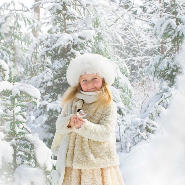 Every bad snowstorm is an opportunity. #kseniapphotography #halifax #halifaxphotographer #halifaxfamilyphotographer #halifaxsnowstorm #wintersession #winterwonderland #snowisawesome #fineartchildrensphotography #white #ilovewinter