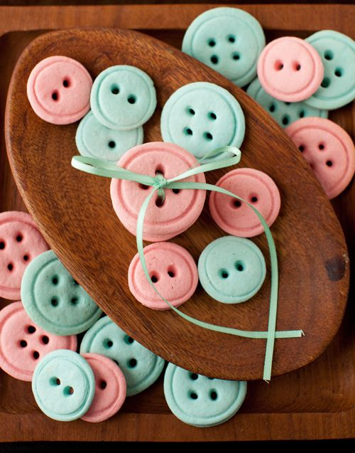 Can you believe that these buttons are actually cookies? For your next sewing get-together, try serving up some Button Cookies alongside some cool sewing patterns.