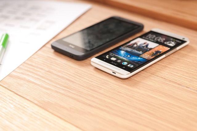 7 Cara agar Menghemat Baterai Smartphone yang Boros menjadi  Awet dan Tahan Lama