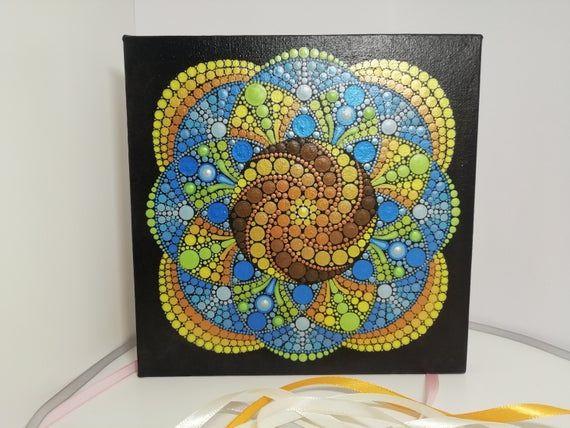 Inner Security Mandala Canvas 20 X 20 Cm Hand Painted Etsy Punktmalerei Mandalas Handbemalte Wande