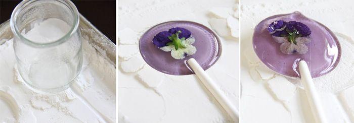 Sprinkle Bakes: Spring Flower Lollipops
