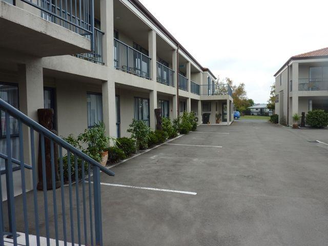 Taupo Luxury | McCrae Real Estate