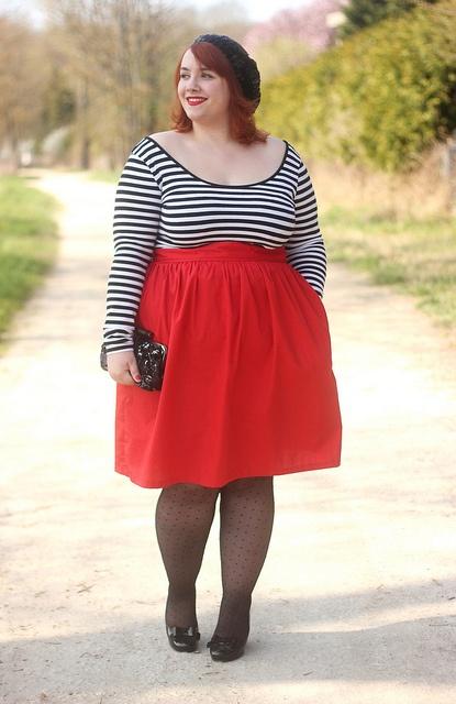 faty girls in a sexyminh dress