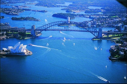 Sydney - Opera House & Harbour Bridge