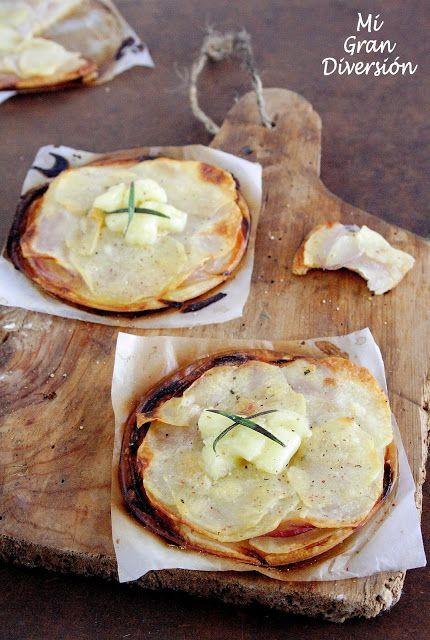 Mini Pizzas de Patatas con cebolla y Brie