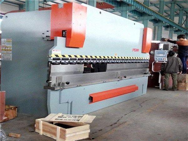 Cnc Metal Plate Hydraulic Folding Machine In Bolivia Image Of Cnc Metal Plate Hydraulic Folding Machine In Bol Press Brake Machine Press Brake Cnc Press Brake