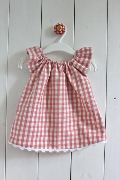 """♥ Mädchen Tunika / Kleid /Kleidchen """"Landmädchen"""" ♥    Rosa-weiß karierte Baby-Tunika mit kurzem Arm und weißer Zackenlitze am unteren Rand.    Die..."""