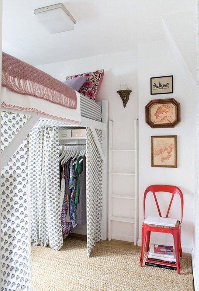 ¡Muy buenas querid@s! Hoy os traigo una selección de camas elevadas para todos los gustos que bien podrían cerrar las bocas de muchas madres de esas que se niegan a aceptar que muchas veces, sus po…
