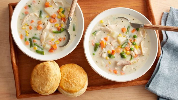 All your pot pie favorites—like potatoes, chicken and veggies—in a creamy garlic-herb broth turn a comfort food classic into an easy weeknight meal.