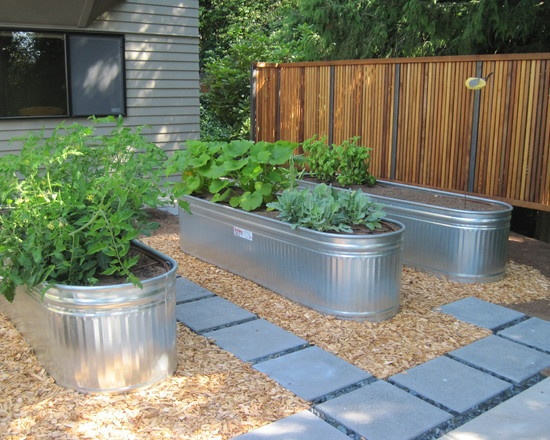 hmmm, I need to look into these vs my boxes....  Galvanized Planters Design, Pictures, Remodel, Decor and Ideas - page 6
