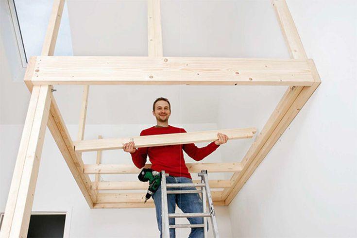 En hems kan være svaret på plassproblemene dine. Er det høyt under taket, er en hems en god mulighet til å utnytte rommet optimalt.