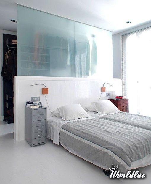 sypialnia z zabudowaną garderobą