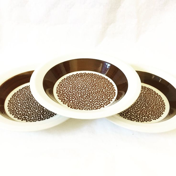 3/faenza/Arabia/deep/plates/bowls/set of three by WifinpoofVintage on Etsy