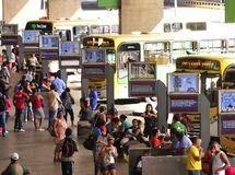 """Pregopontocom Tudo: Conforto pode levar motoristas a optar por transporte público...Mobilidade  """"As pessoas sentem uma sensação de dignidade quando sobem em um ônibus em São Paulo? Essa é a mudança mais importante que vocês podem alcançar: fazer com que [usar o transporte público] seja atraente para as pessoas"""", afirmou Litman, ao participar do encontroo organizado pelo Instituto de Energia e Meio Ambiente (Iema)."""