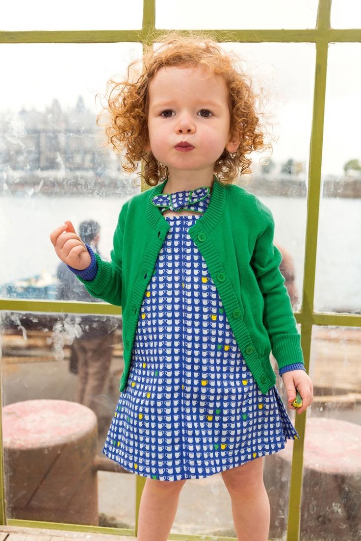 Süße Farbkombi Grün-Blau für rothaariges Mädchen