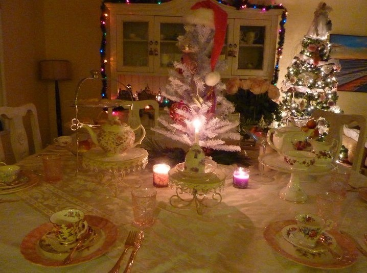 1000 images about see me for tea and more on Christmas party table settings