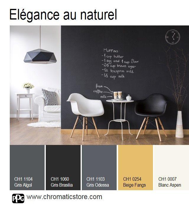 Structurer l'espace avec élégance en peignant un mur en noir et réchauffer l'atmosphère avec un parquet miel. www.chromaticstore.com #déco #noir