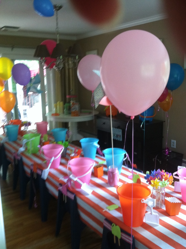 Welcome summer end of the school year pre school party for Old school party decorations