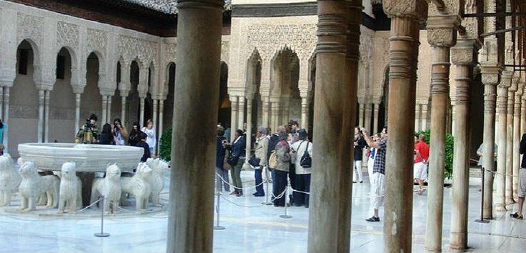Гид в Альгамбре. Красные замки - Отдых в Испании. Гиды в Испании. Экскурсии.
