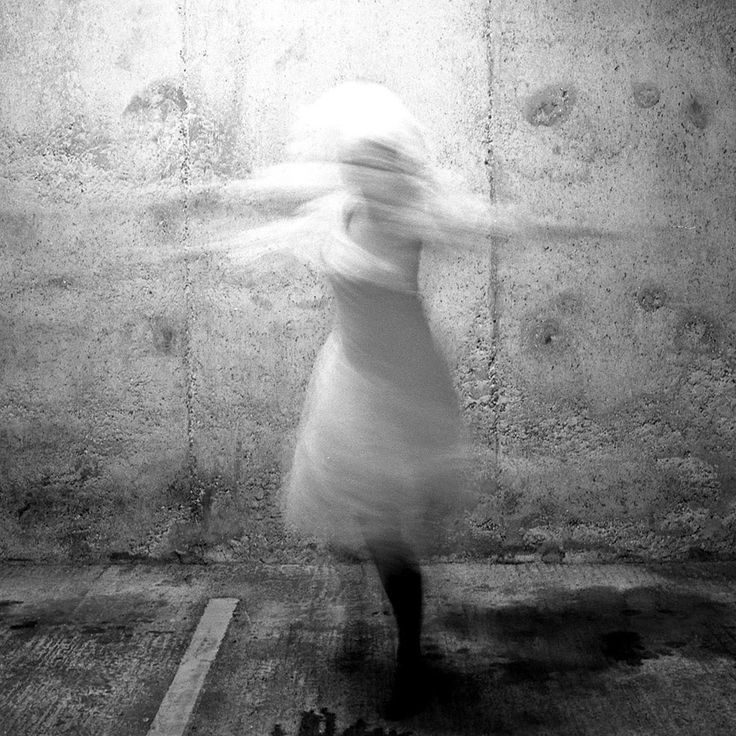 Photo & Poetry: Francesca Woodman, on being an Angel