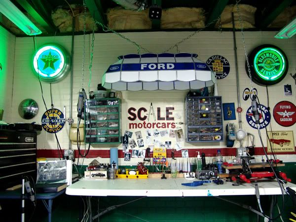 Model Hobby Bench Man Cave Model Work Spaces