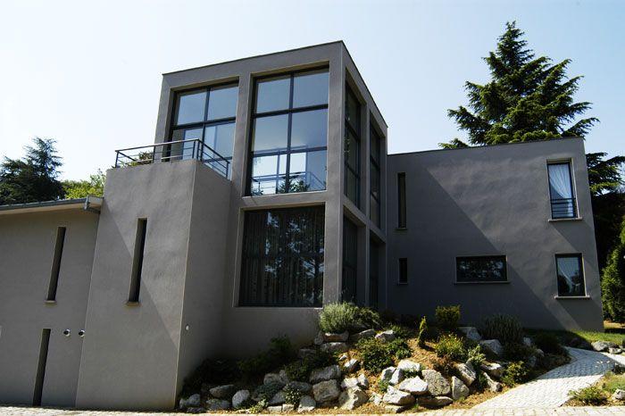 maison-moderne-fenetres.jpg (700×466) | archi | Pinterest