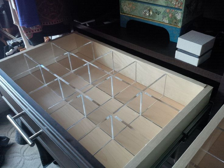 Acrylic Drawer Dividers Maximize The Use Of This Drawer