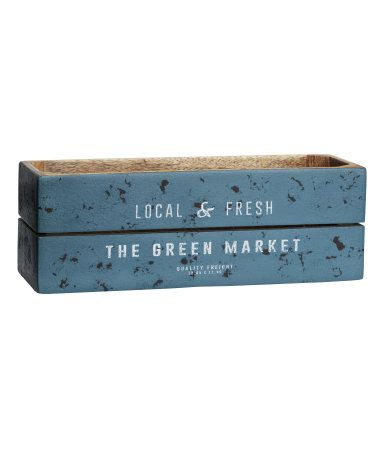 Antiqued rectangular wooden box with a text print on the front. The antique look means the appearance of each box may vary. Feet on the base. Size 10x10x29 cm.